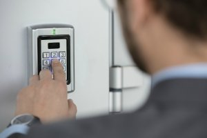 Commercial Locksmith Services - Right On Time Locksmith