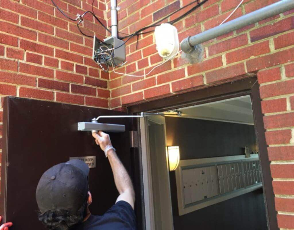 RIght On Time Locksmith in Summerfield, MD