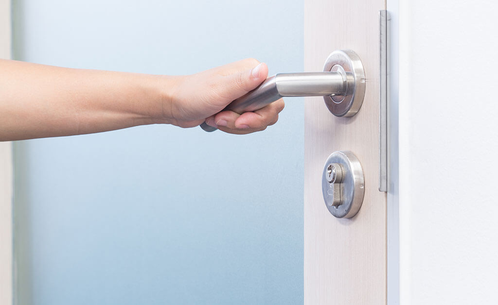 10-Proven-Ways-to-Protect-Your-Valuables-with-an-Improved-Security-System-Right-On-Time2