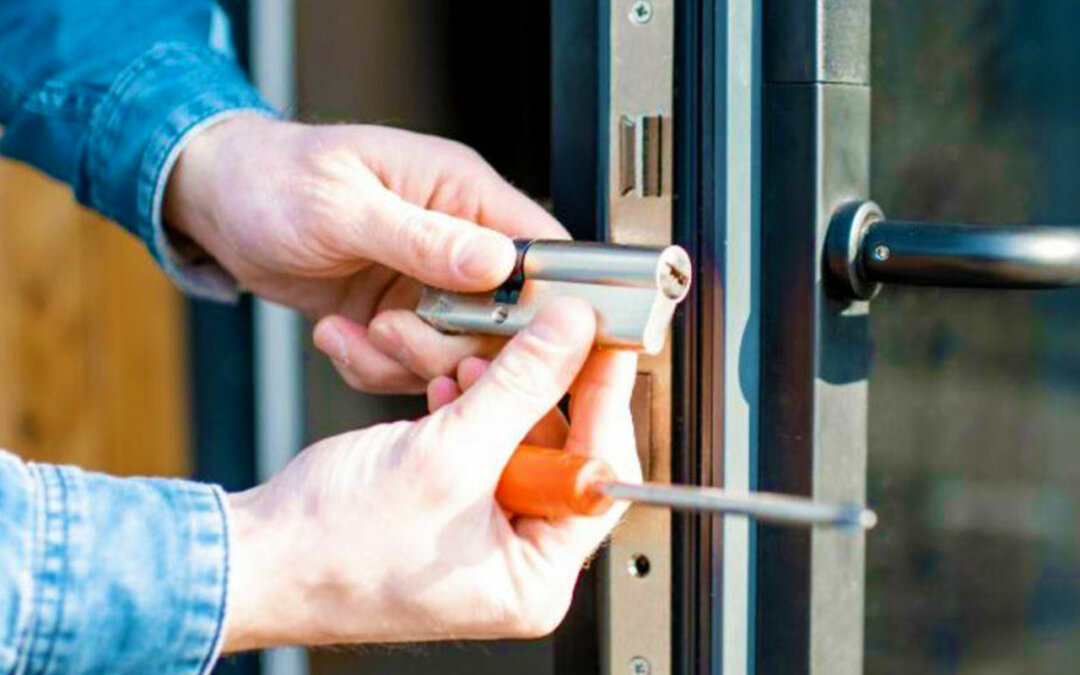 Important Questions to Ask When Hiring a Locksmith Near You